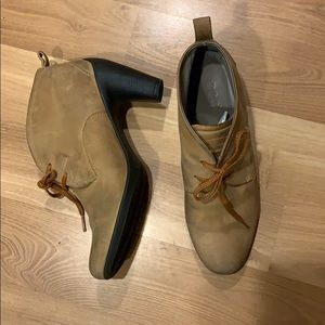 Ecco ankle bootie tan size 9/39